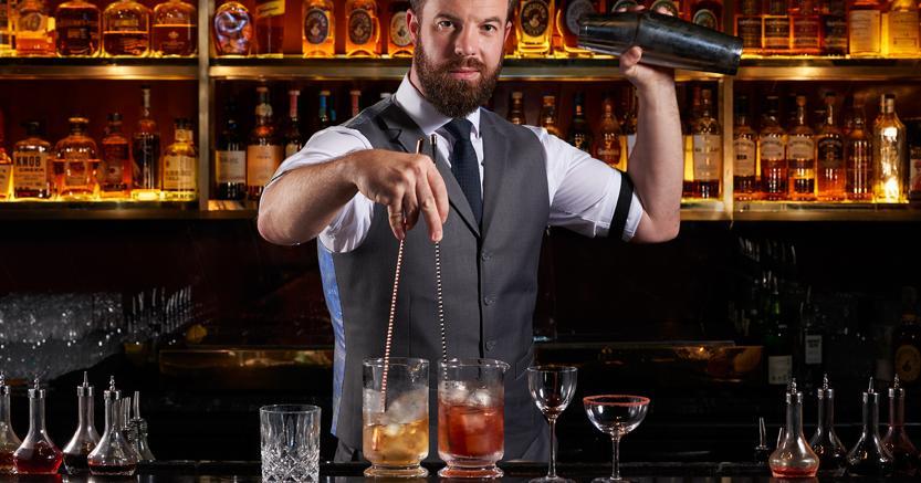 L ospite internazionale philip bischoff del manhattan bar for Manhattan cocktail storia