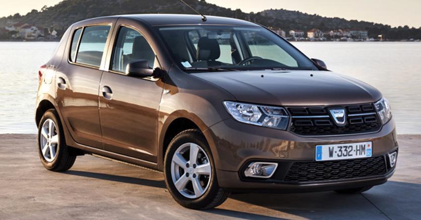 Compatte a 3 cilindri dacia sandero for Dacia immagini