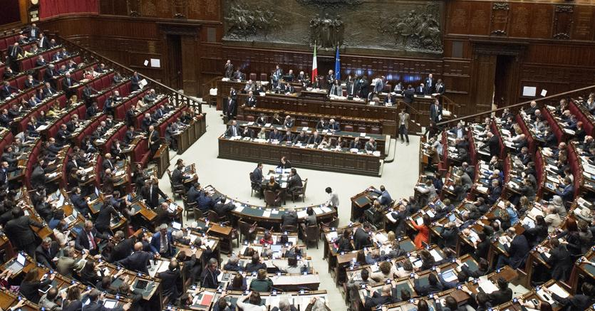 Manovrina in parlamento potrebbe rispuntare la proroga for Formazione parlamento