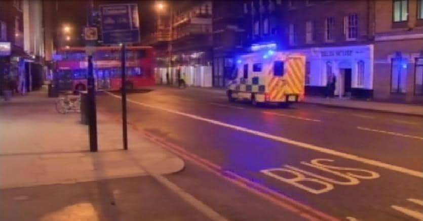 Londra: furgone travolge passanti sul London bridge: almeno 20 feriti