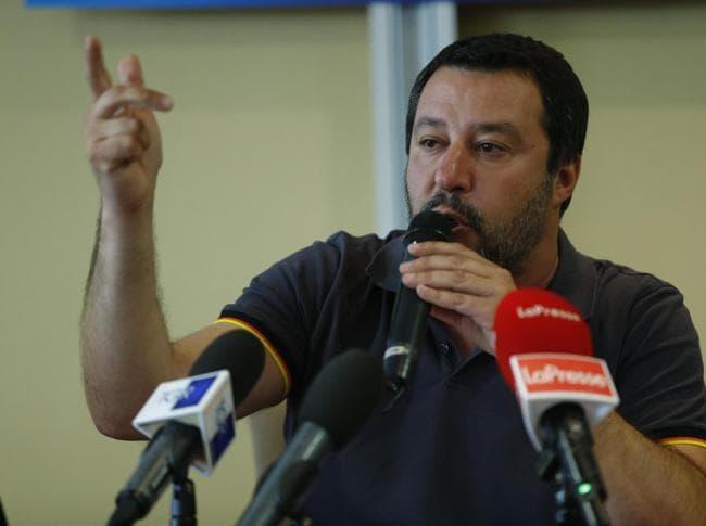 Matteo Salvini durante la convention laziale della Lega a Roma (Ansa)