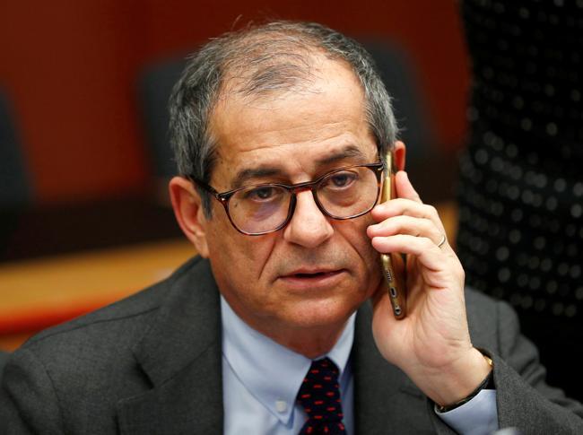 Il ministro del Tesoro, Giovanni Tria (Reuters)