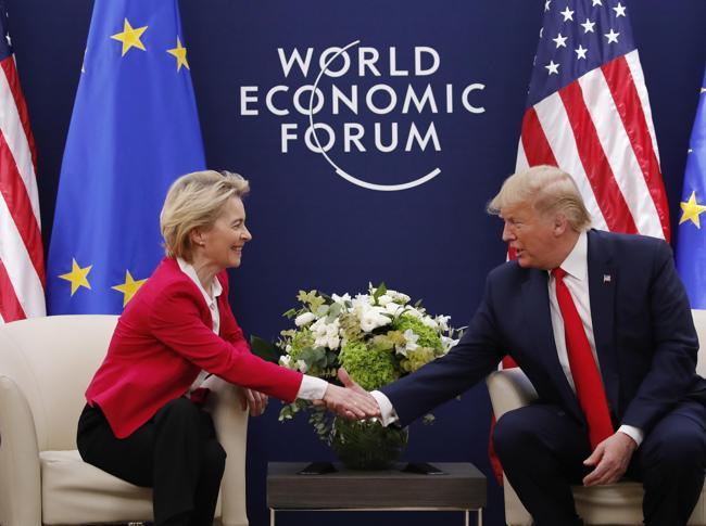 Von der Leyen e Donald Trump (Epa)