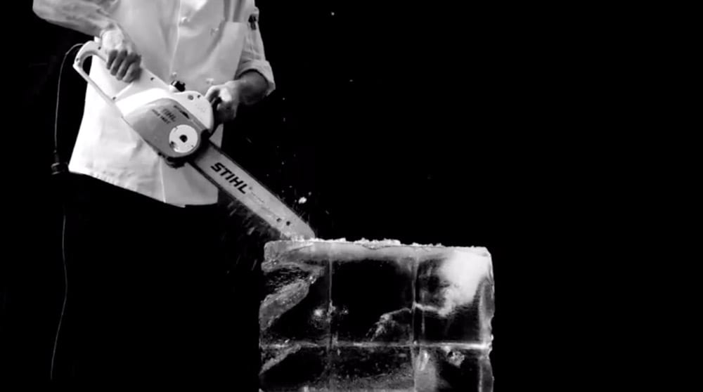 Solo un cubetto di ghiaccio dietro al cocktail perfetto for Cabine di pesca nel ghiaccio alberta
