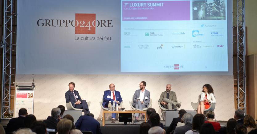 Una tavola rotonda del 7° Luxury Summit (giugno 2015)