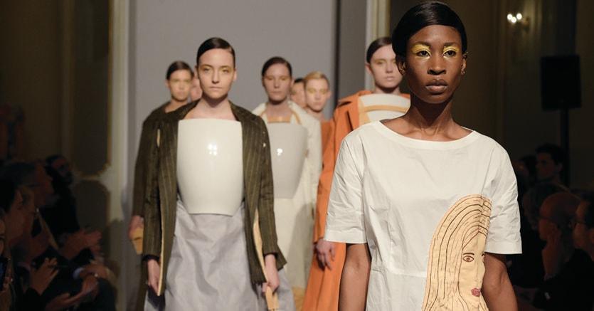 Stilisti e manager della moda ecco le scuole che formano for Marangoni milano costi