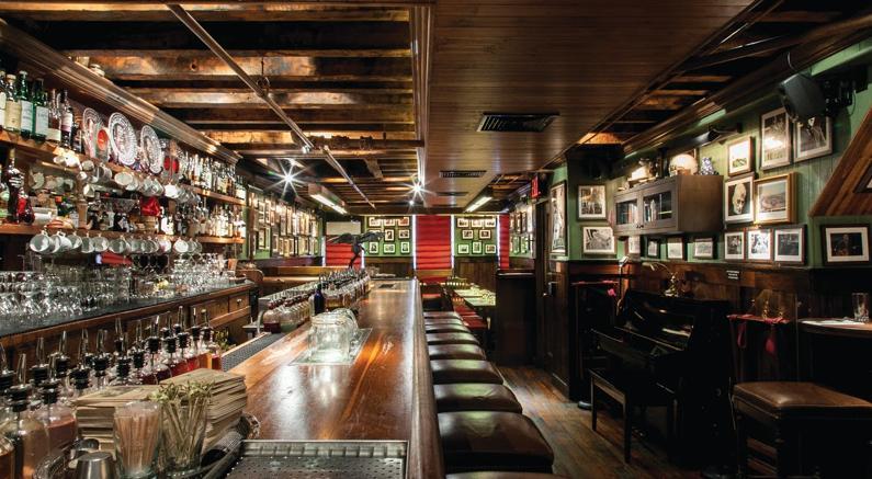 Il miglior bar del mondo il dead rabbit di new york fra for White bar milano