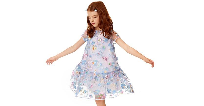 Il brand di moda bimbo Simonetta va alla galassia Isa Seta (con i ... 8653d78778f