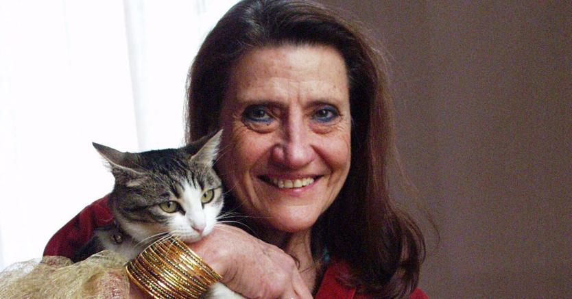 Lisa Corti con Milla, uno dei suoi amati gatti