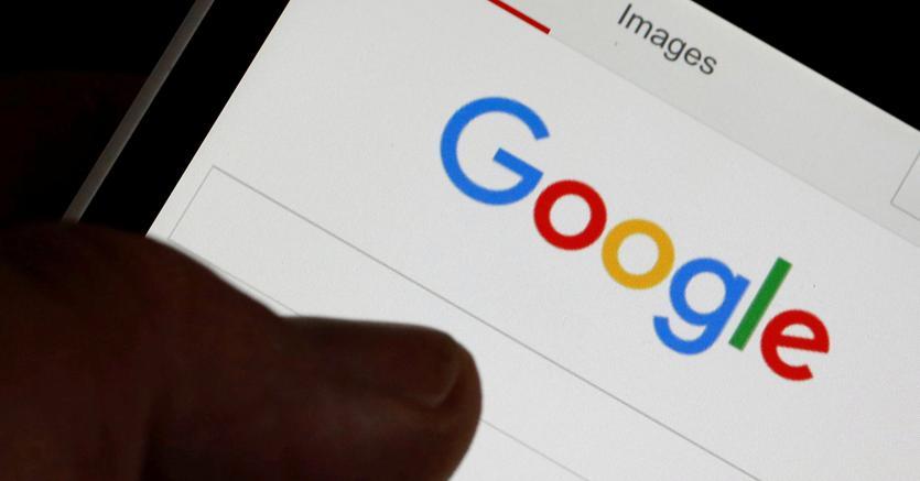 Google: trimestre Alphabet sopra attese, ma cala in Borsa