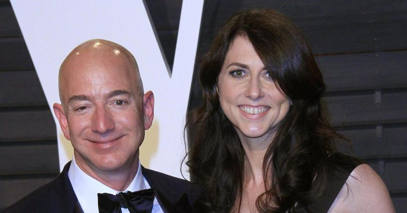 Amazon vola e Bezos diventa l'uomo più ricco al mondo