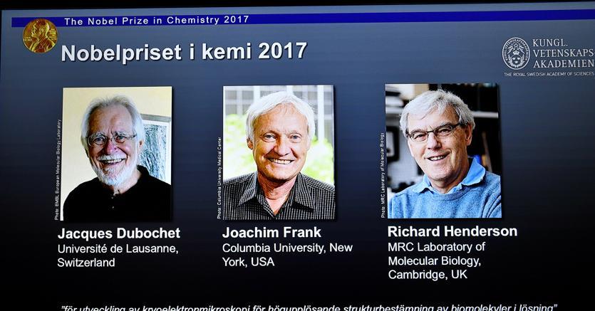 Nobel per la Chimica: vincono Dubochet, Frank e Henderson