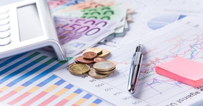 PUNTO 1-Risparmio gestito Italia raccoglie 7,45 mld a febbraio