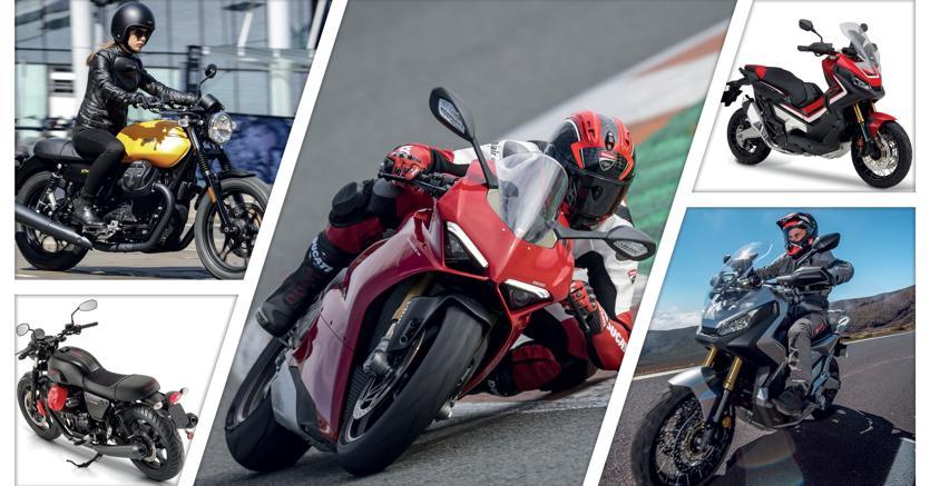 A sinistra, la Moto Guzzi V7 III, in versione Stone (gialla) e Carbon, in tiratura limitata; al centro, la Ducati Panigale V4, superbike a quattro cilindri; a destra, due scatti dell'X-Adv, lo scooter di Honda in grado di affrontare il fuoristrada