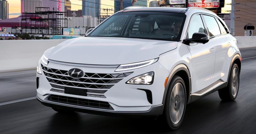 Innovazione e tradizione. Hyundai Nexo,  suv con fuel cell a idrogeno.