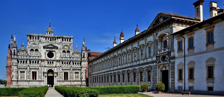 La facciata della Certosa, costruita tra il '300 e il '400 per volere di Gian Galeazzo Visconti (ph IPA).