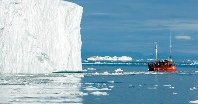 La motonave MS Fram tra i ghiacci della Groenlandia