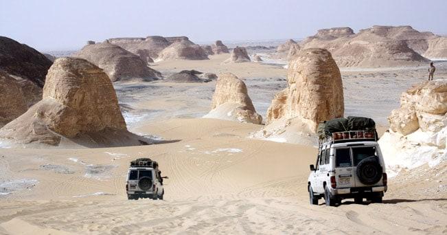 Il Deserto Bianco, un'immensa fetta di Sahara che si estende tra le oasi di Bahariya e Farafra