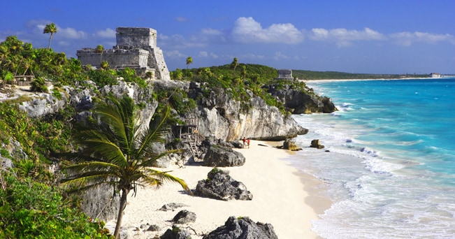 Messico, Tulum. La spiaggia e le rovine maya (foto Prisma Bildagentur AG / Alamy / Milestone)