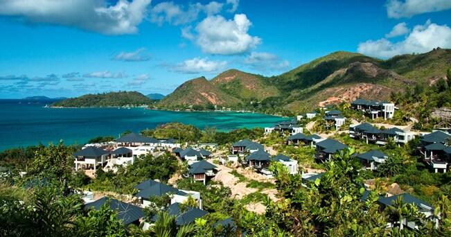 Veduta dell'isola di Praslin (foto Alamy/Milestone Media)
