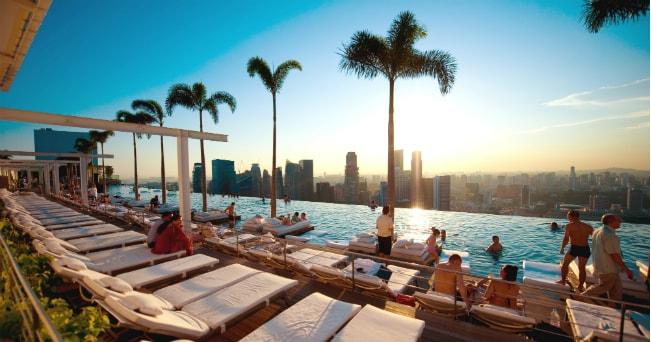 48 ore a singapore gli indirizzi al top il sole 24 ore for Piscina singapore