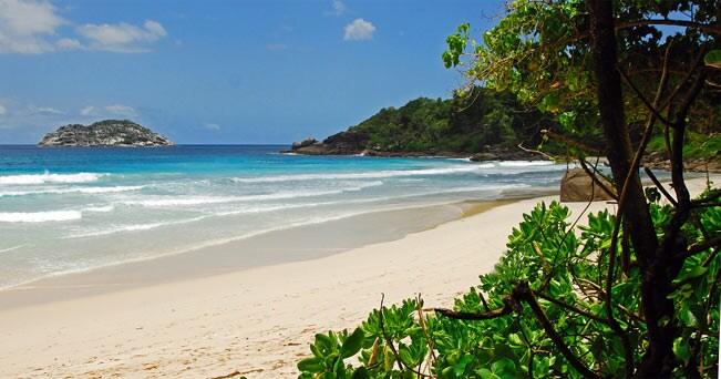 La spiaggia di Anse Lazio, sull'isola di Praslin