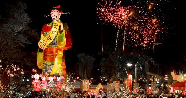 L'8 febbraio scatta il capodanno cinese che segna l'uscita dell'anno della capra e l'arrivo di quello delle della scimmia, il nono segno zodiacale (foto Singapore Tourism Board)
