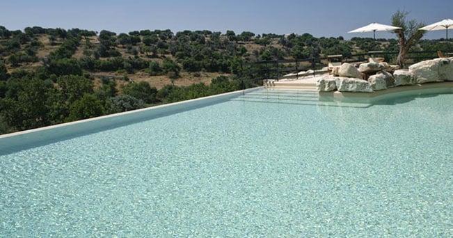 La piscina del Parco Cavalonga (Ragusa)