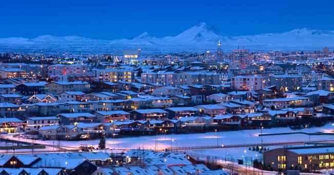 Reykjavik, luci sulla notte artica