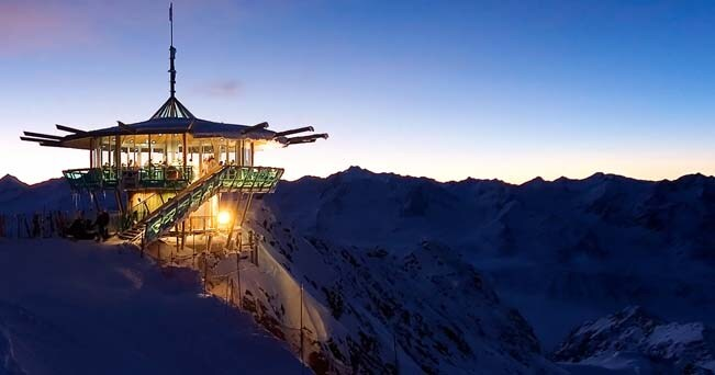 L'Hotel The Crystal, in Tirolo, Austria