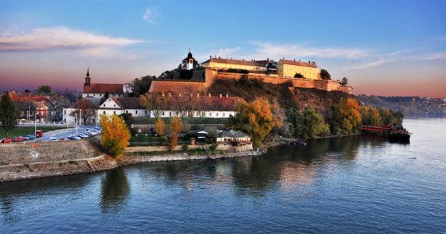 Tra le più grandi d'Europa. La Fortezza di Petrovaradin, a Novi Sad, si estende su 12 ettari (foto di my lala da flickr.com)