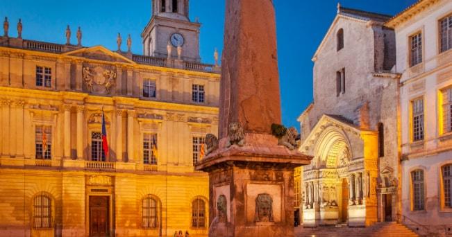 Arles, dai riti della Provenza a Van Gogh