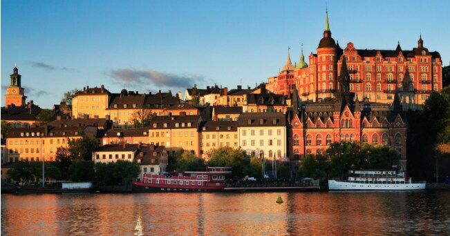 Veduta dei palazzi sull'isola di Södermalm a Stoccolma (foto Milestone Media)