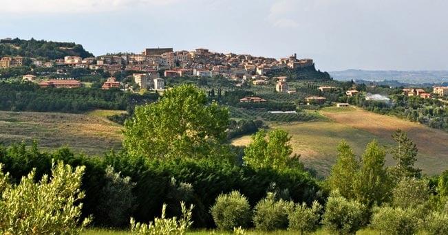 Chianchiano Terme, sulle colline senesi