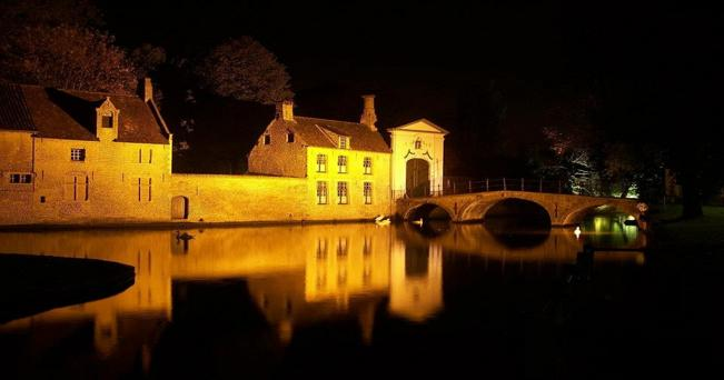 Bruges notturna