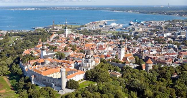 Veduta aerea di Tallin (foto TVeermae_Tallinn_Estonia / Alamy)
