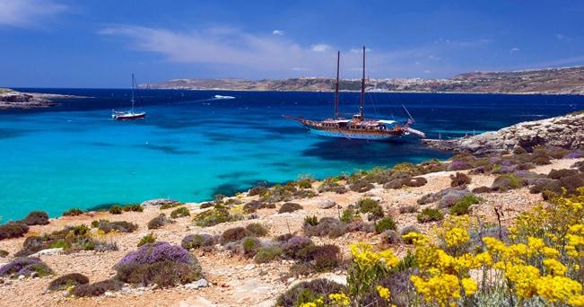 La Laguna blu, dell'sola di Comino a Malta (foto imagebroker / Alamy)
