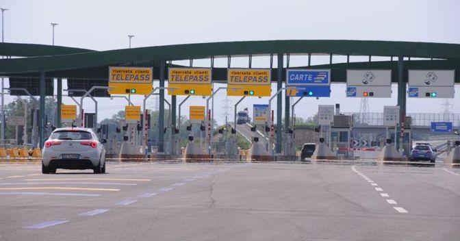 Gli sconti sui pedaggi autostradali per pendolari e motociclisti sono scaduti. E solo per i secondi si profila  una proroga
