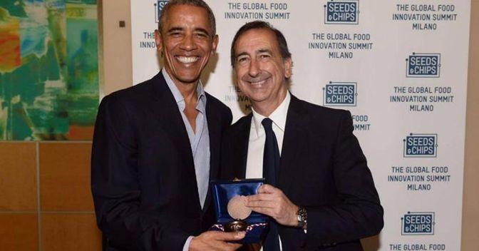 Obama A Milano Sala Gli Consegna Le Chiavi Della Citta L Ex Presidente Michelle E Io Torneremo Spesso In Italia Il Sole 24 Ore