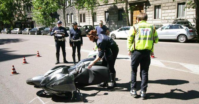 Fuga dopo incidente, si alla tenuità del fatto per chi non si accorge dell'urto (Fotogramma)