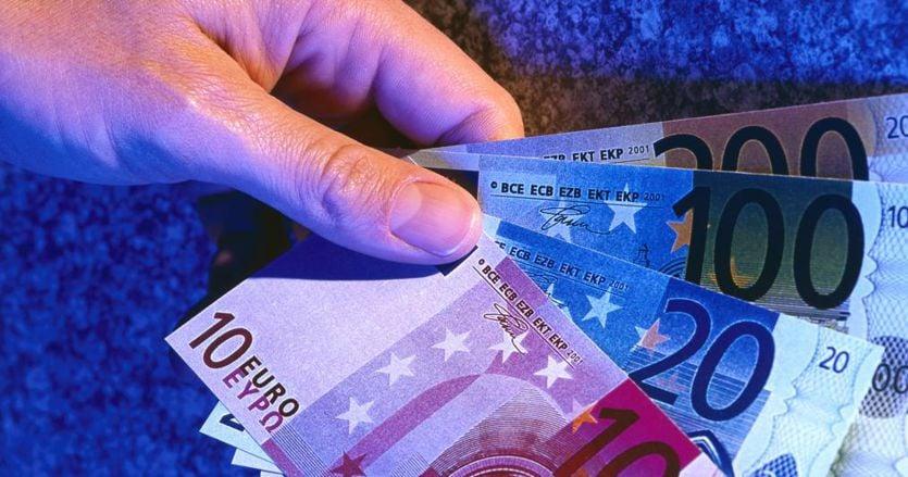 Reddito di cittadinanza, attuazione a rischio per la crisi di governo