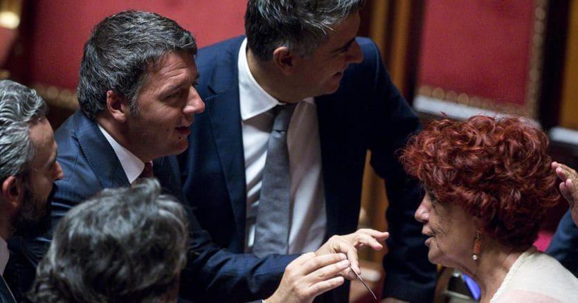 Renzi: folle votare subito, ora governo istituzionale
