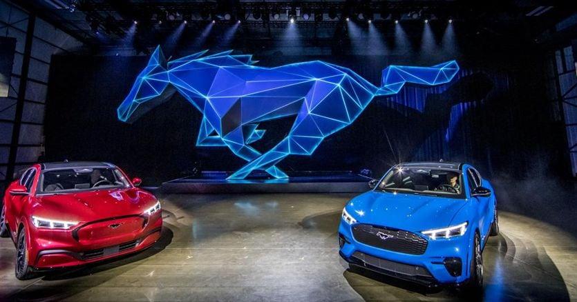 Auto elettriche: i modelli e le tecnologie - cover