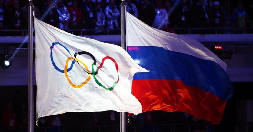 Doping, Russia bandita dalle competizioni: niente Olimpiadi di Tokyo e Mondiali Qatar