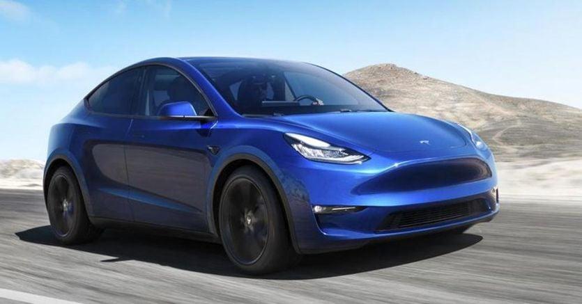 Tesla Model Y, ecco quanto costa: Elon Musk svela i prezzi