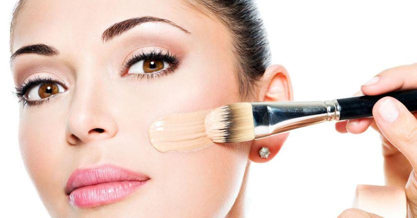 Il segreto per un make-up perfetto? Il fondotinta