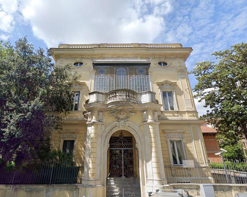InvestiRE Sgr acquista tre immobili di pregio a Roma