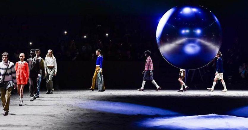 Milano fashion week, Gucci archivia le sfilate dell'iper classicismo