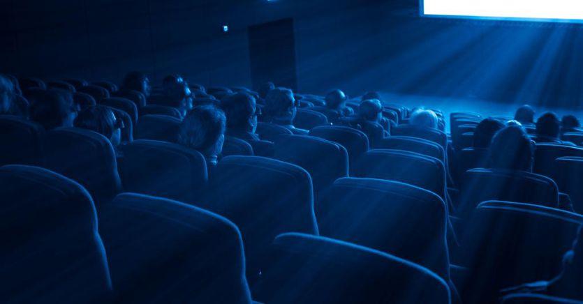 Risultato immagini per cinema incassi negativi