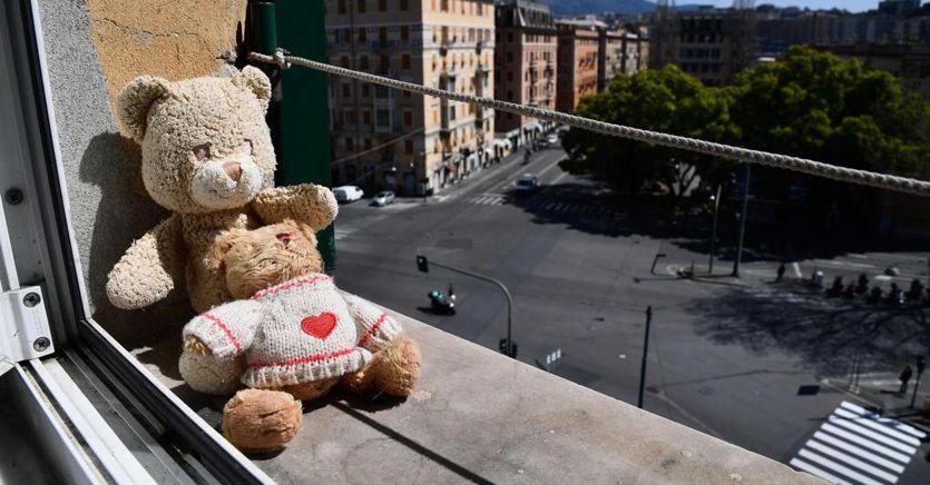 Coronavirus, ultime notizie: in Italia 115.242 CASI (+4,22%) e 13.915 vittime (+5,78%) thumbnail
